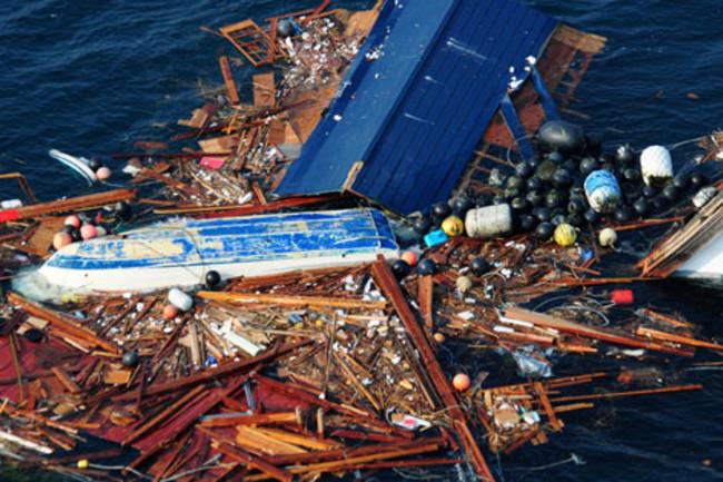 japan-tsunami-debris-sendai_3-11-11_usnavy.jpg