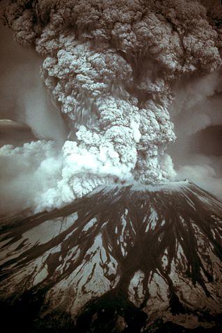 319px-MSH80_eruption_mount_st_helens_05-18-80-dramatic-edit.jpg