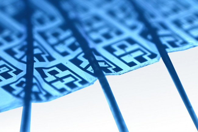 electronic_around_hair-1024x636.jpg
