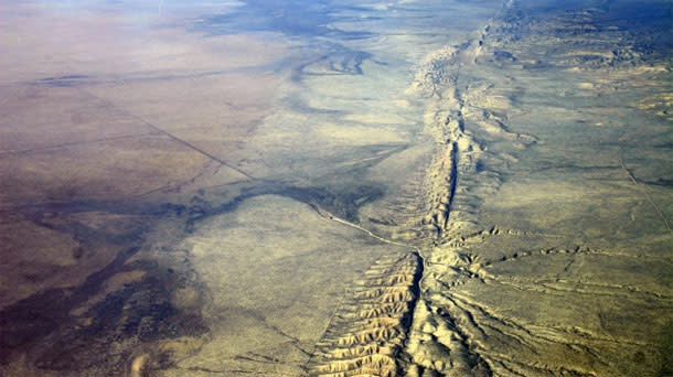 San-Andreas-Fault.jpg