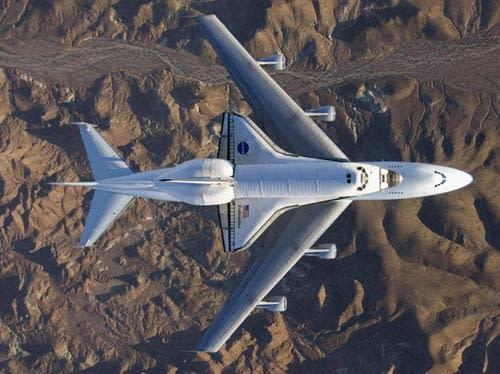 shuttle_747.jpg