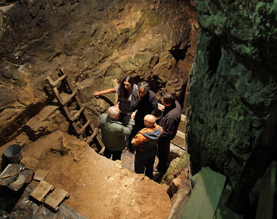 Denisova Cave - Siberian Branch Russian Academy of Science