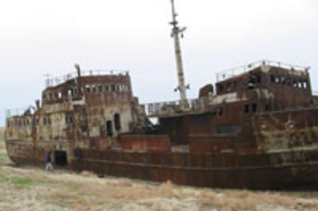 800px-AralShip.jpg