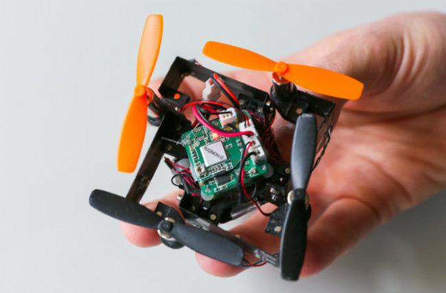 dnews-files-2015-05-folding-drone-150518-670-jpg.jpg