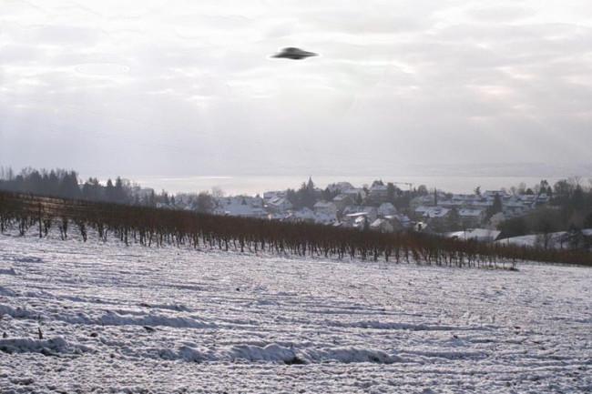 UFO hoax image