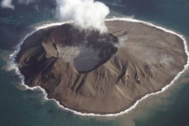 Alaska-volcano.jpg