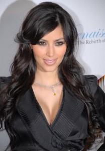418px-Kim_Kardashian_6-209x300.jpg