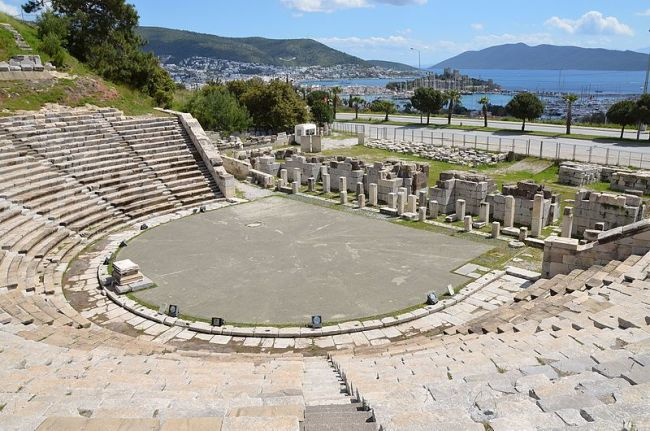 The theatre of ancient Halicarnassus, built in the 4th century BC during the reign of King Mausolos and enlarged in the 2nd century AD, the original capacity of the theatre was 10,000, Bodrum, Turkey (16456817694)