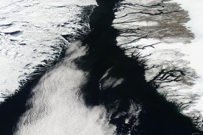 April-2013-sea-ice.jpeg