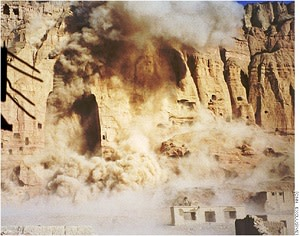 Destruction_of_Buddhas_March_21_2001.jpg