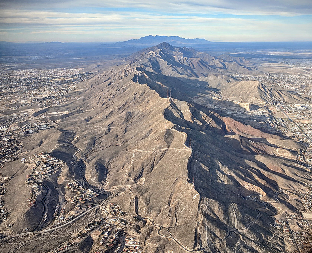 El_Paso_Franklin_Mountains_and_Scenic_Drive_aerial.jpg