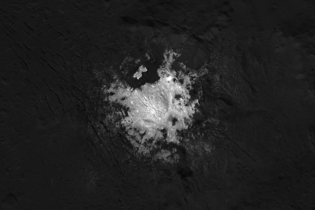 occator crater bright spots