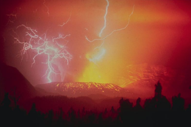 United States Geological Survey photo of the 1982 eruption of Indonesia's Galunggung. (Credit: Wikimedia Commons)