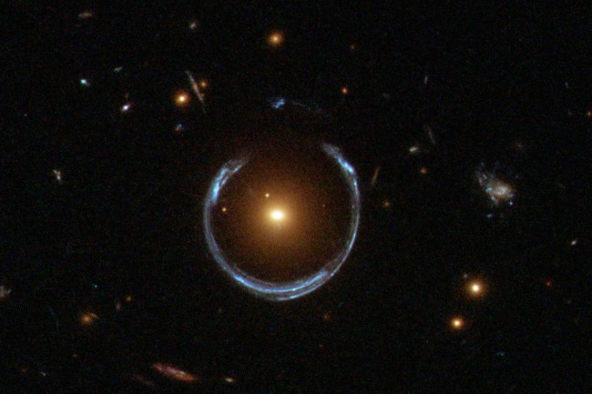 Einstein Ring, Hubble - NASA