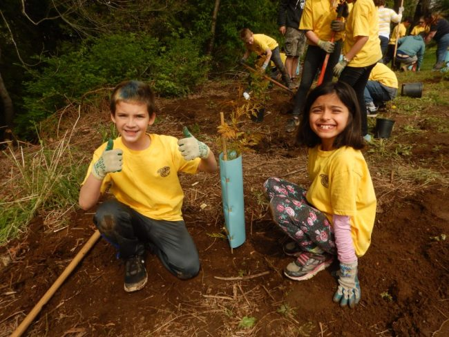 NESA Students for Salmon - EarthEcho International