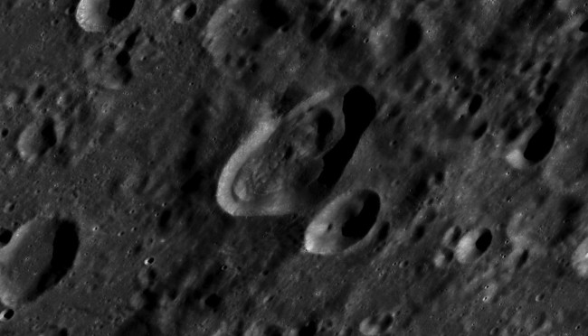 DSC-AC1119 06 Lovell crater moon