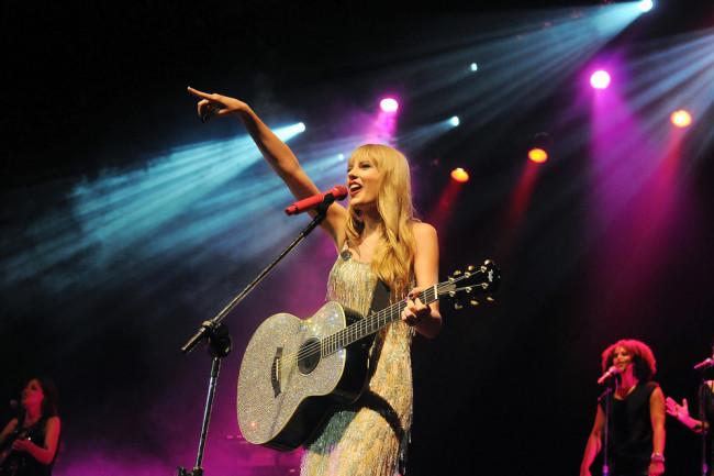 Rio de Janeiro, December 8, 2009. Singer Taylor Swift during her show at the HSBC Arena in Rio de Janeiro, Brazil - shutterstock 758842915