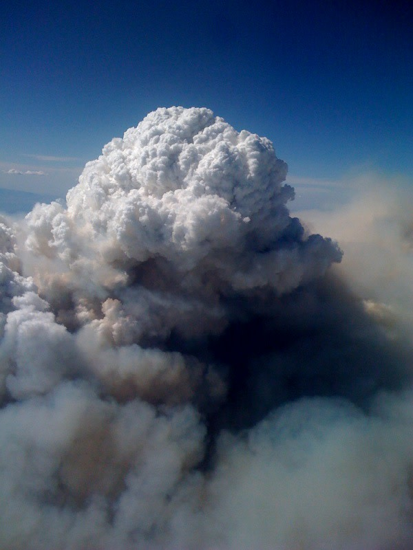 Pyrocumulus_Cloud_Station_Fire_08312009_Aerial_View.jpg