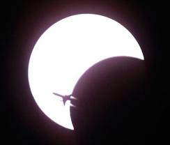 eclipse_airplane.jpg