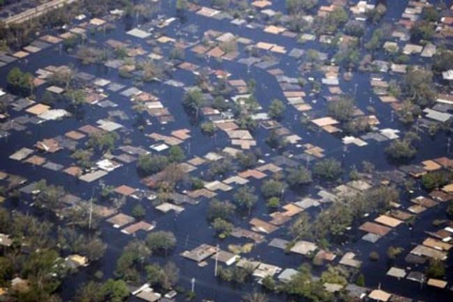Hurricane_Katrina_Flooding.jpg