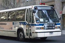 bus220.jpg