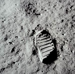 apollo11_aldrinbootprint.jpg