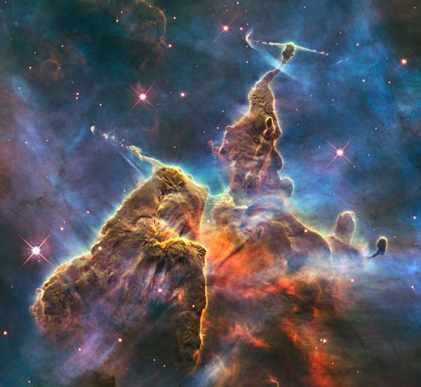 Yaratılış Sütunlarında Neler Oluyor?