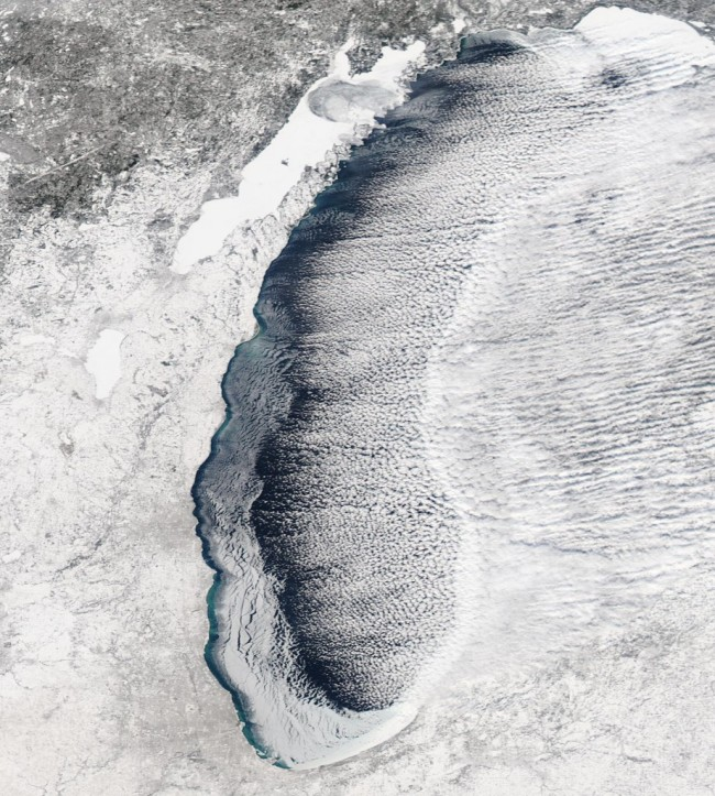 Lake-Michigan-ice-921x1024.jpeg