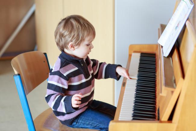 kid-piano.jpg