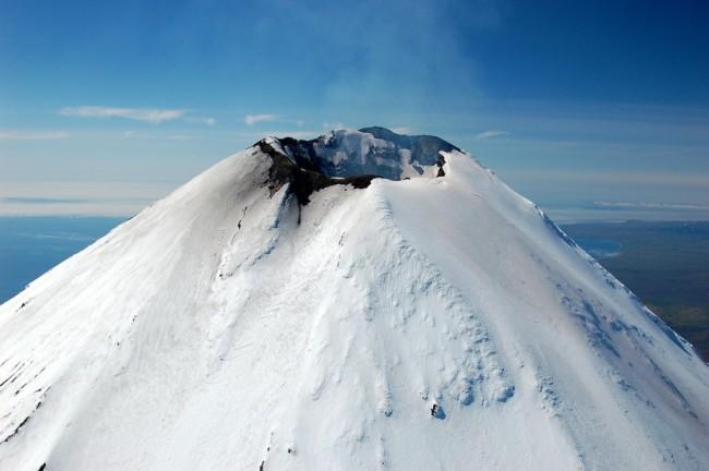 Shishaldin-Volcano-Summit-1-1024x680.jpg