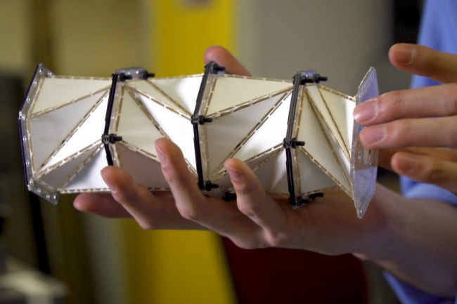 Origami-inspired metamaterials - University of Washington