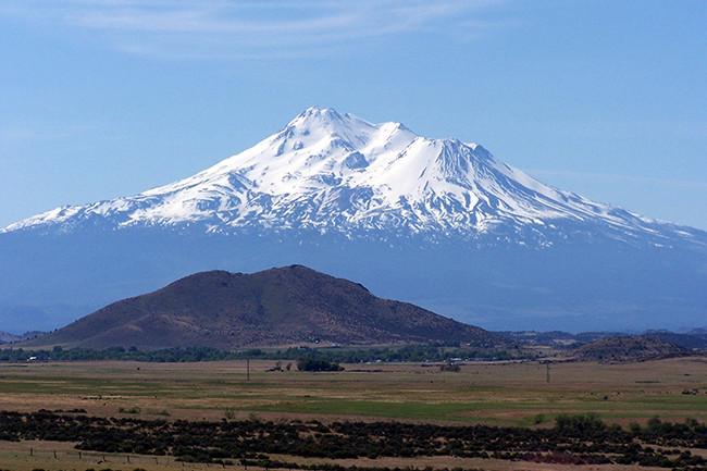 Mt. Shasta in California - Wikimedia Commons