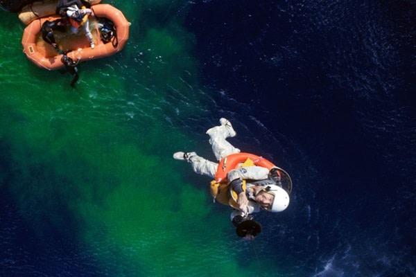 Lovell Picked Up Gemini 7 - NASA