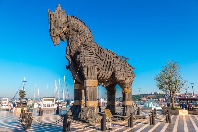 wooden horse june 2020