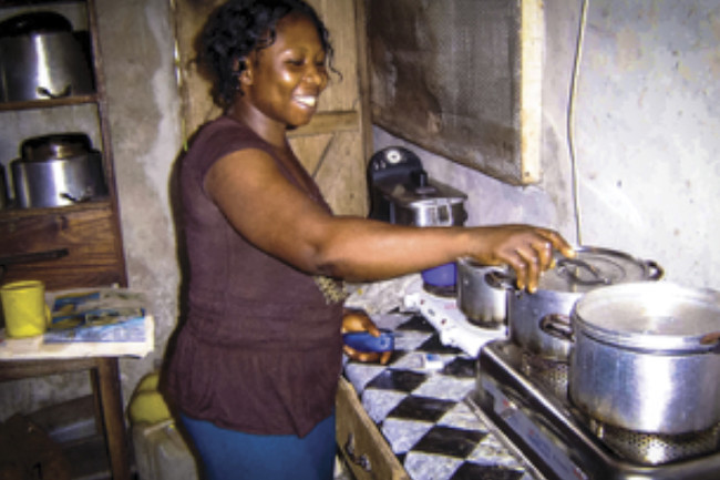 Woman Cooking Ethanol Stove - Global Alliance for Clean Cookstoves 6_DSC-CR0517_05.jpg
