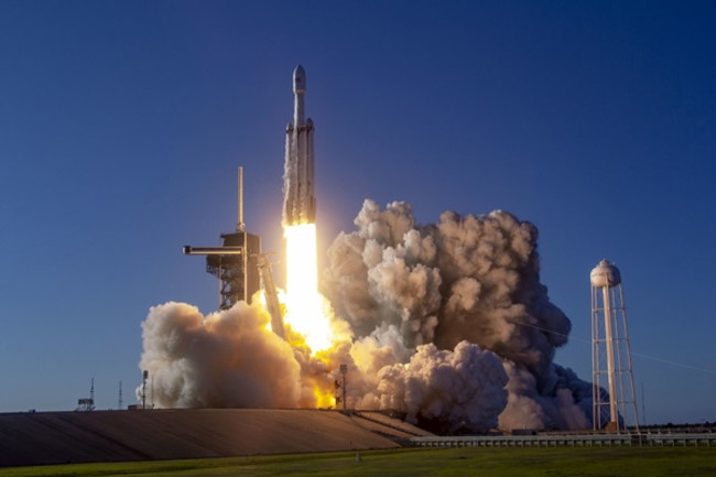 Falcon Heavy Launch - SpaceX