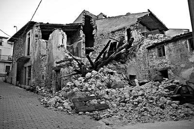 laquila-quake.jpg