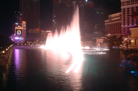 bellagio_fountains.jpg