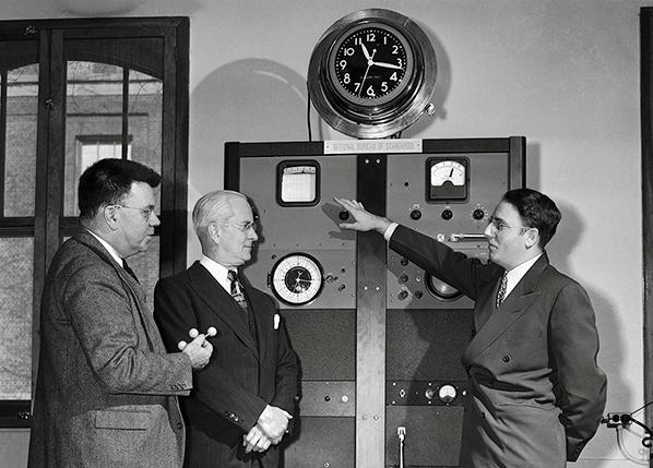 atomic-clock.jpg