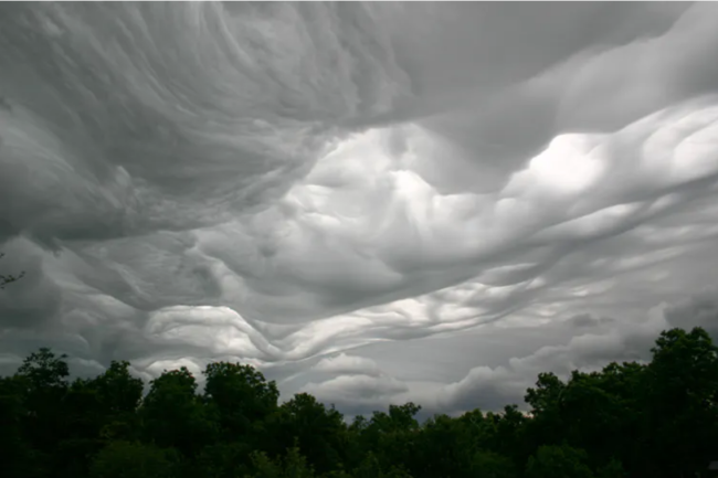 Asperitas cloud over Newtonia, Missouri, US. (Credit: © Elaine Patrick, Cloud Appreciation Society Member 31940)