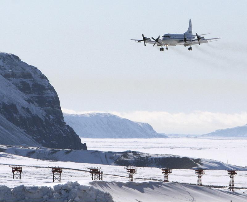 Operation IceBridge plane at Thule - NASA