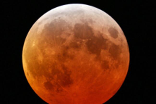 red-moon.jpg
