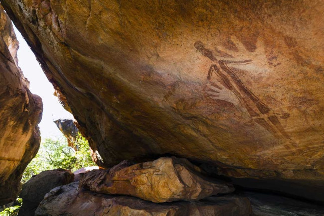 gwion-gwion-rock-painting