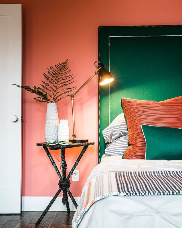More ideas for a colorful bedroom
