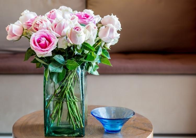 Afskårne Roser 9 tips, som får blomsterbuketten til at holde lidt længere