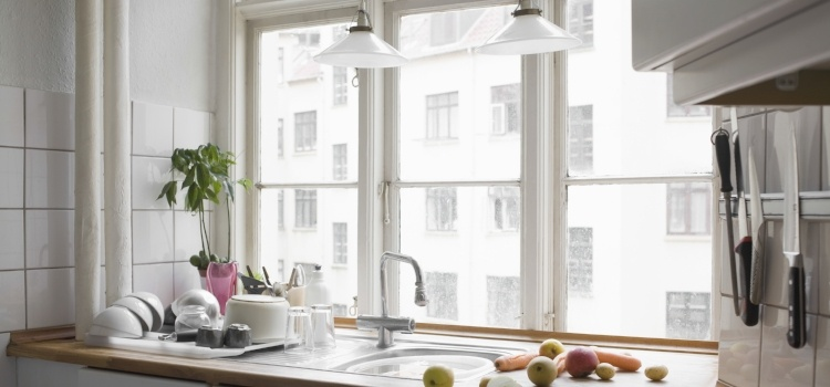 10 måder at få det lille køkken til at se større ud