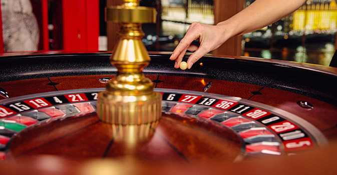 Real-Las-Vegas-experience-Live-Dealers-in-action