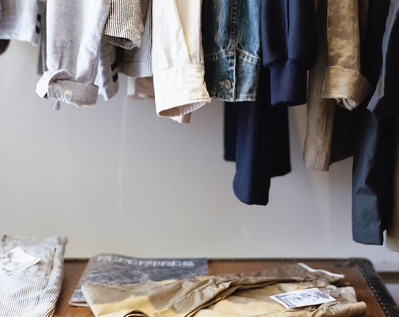 Declutter-Spring-cleaning-in-autumn-clothes-doctor-crew