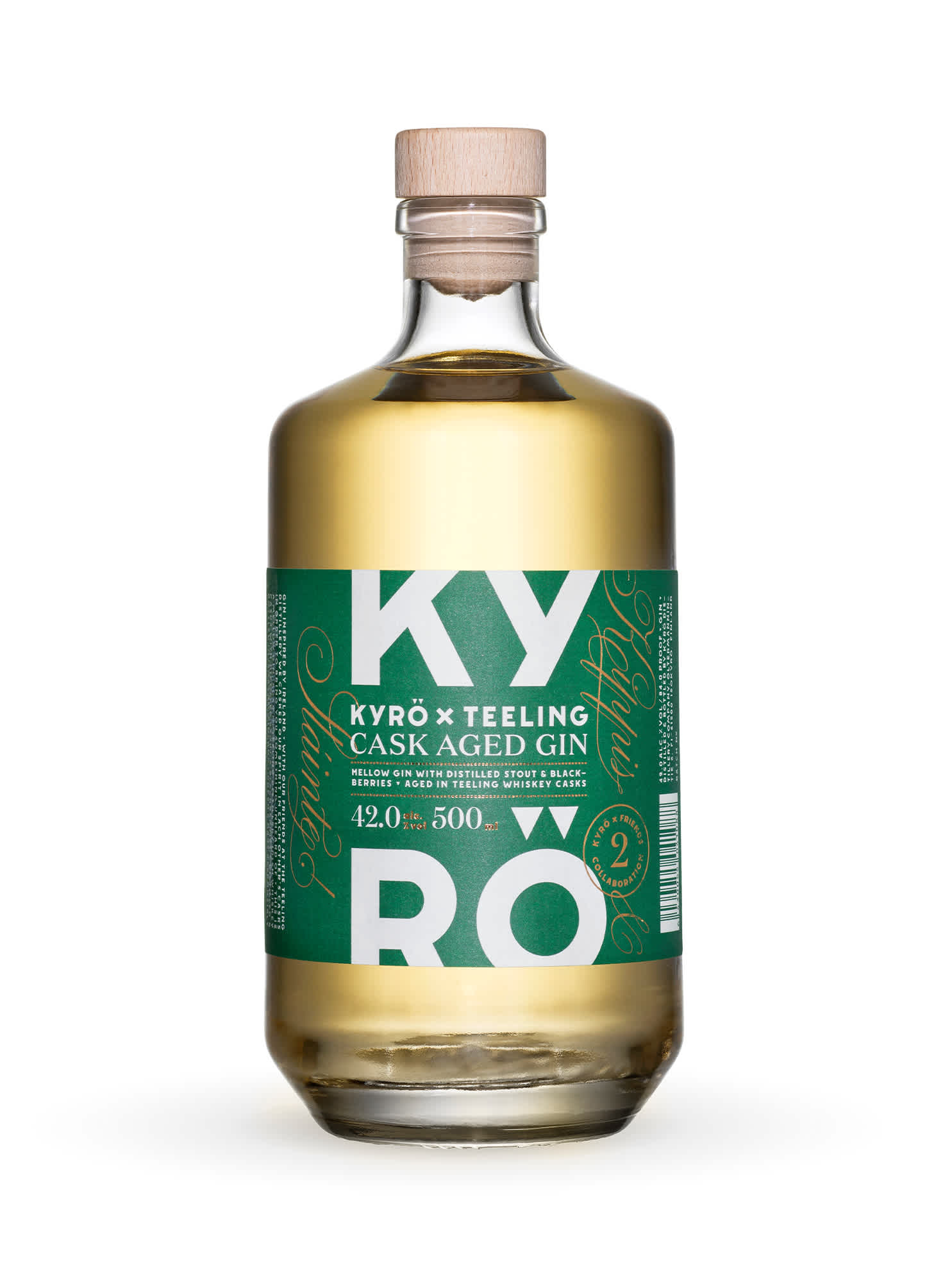 Product photo: clear, 500 ml glass bottle with green Kyrö x Teeling label, filled with honey-colored gin. Product by the Kyrö Distillery Company in Isokyrö, Finland.