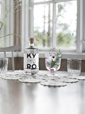 KDC_Kyrö-Gin_500ml_VERTICAL-02.jpg